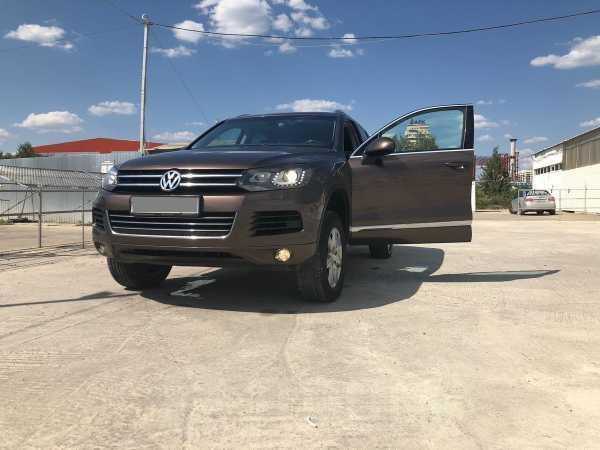 Volkswagen Touareg, 2011 год, 1 050 000 руб.