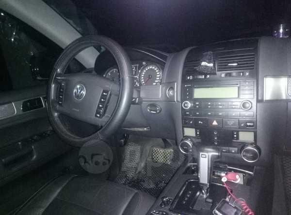 Volkswagen Touareg, 2006 год, 700 000 руб.