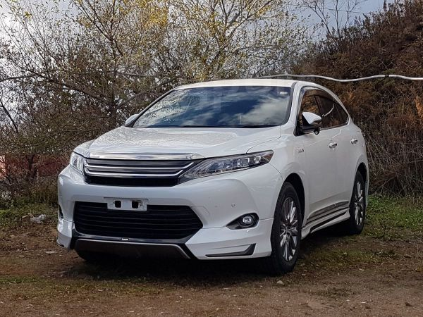 Toyota Harrier, 2014 год, 2 330 000 руб.