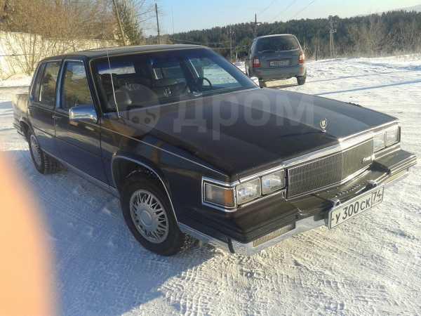 Cadillac Fleetwood, 1985 год, 700 000 руб.