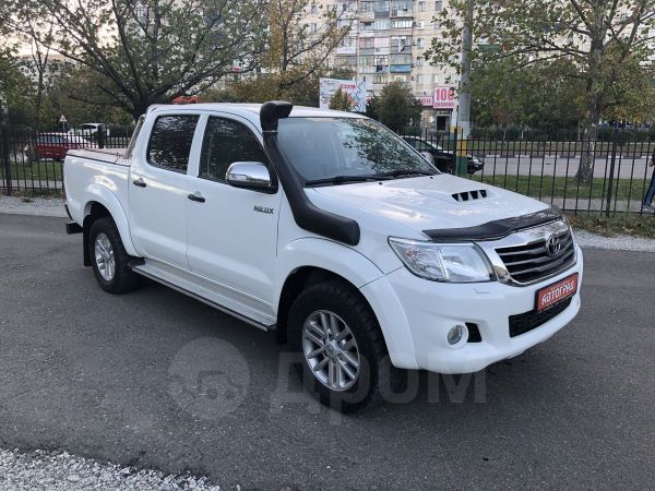 Toyota Hilux Pick Up, 2012 год, 1 449 000 руб.