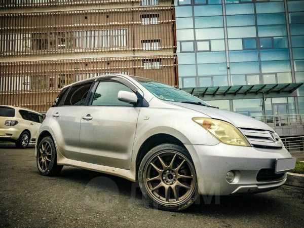 Toyota ist, 2004 год, 220 000 руб.