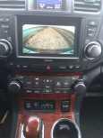 Toyota Highlander, 2011 год, 1 420 000 руб.