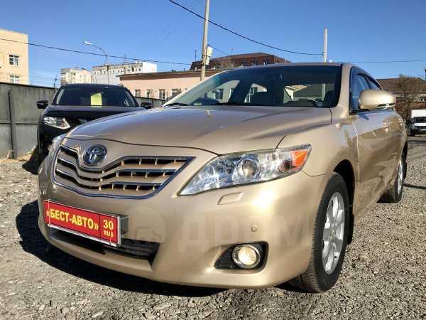 Toyota Camry, 2010 год, 855 000 руб.