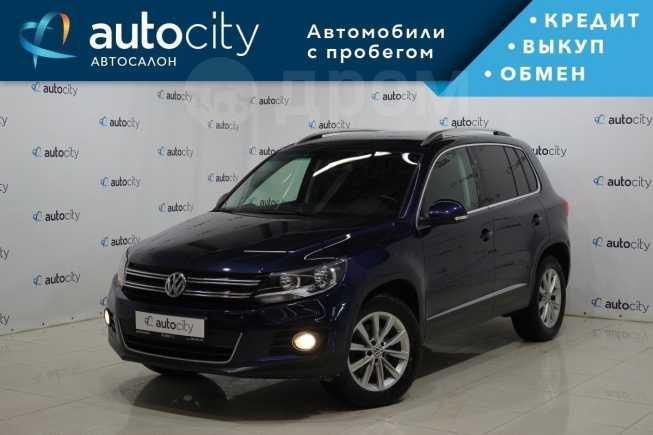 Volkswagen Tiguan, 2012 год, 849 000 руб.
