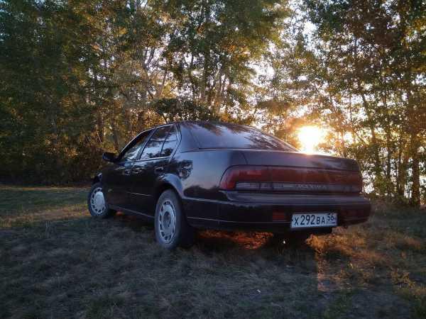 Nissan Maxima, 1993 год, 85 000 руб.