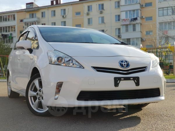 Toyota Prius a, 2014 год, 998 000 руб.