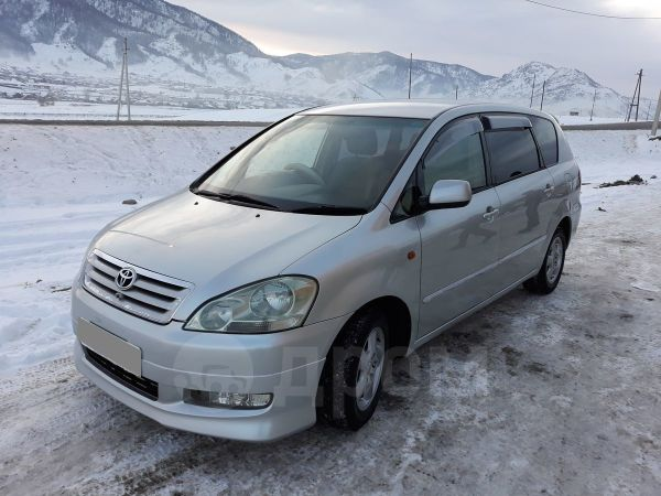 Toyota Ipsum, 2002 год, 451 000 руб.