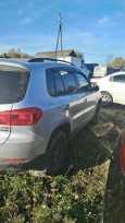Volkswagen Tiguan, 2011 год, 580 000 руб.