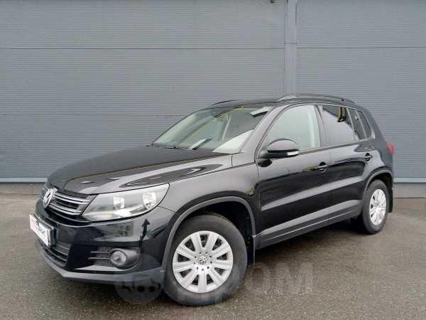 Volkswagen Tiguan, 2012 год, 738 000 руб.