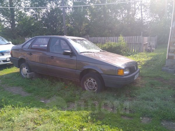 Volkswagen Passat, 1989 год, 65 000 руб.
