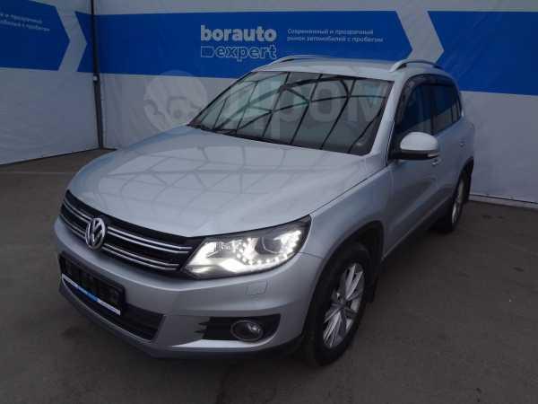 Volkswagen Tiguan, 2013 год, 815 000 руб.