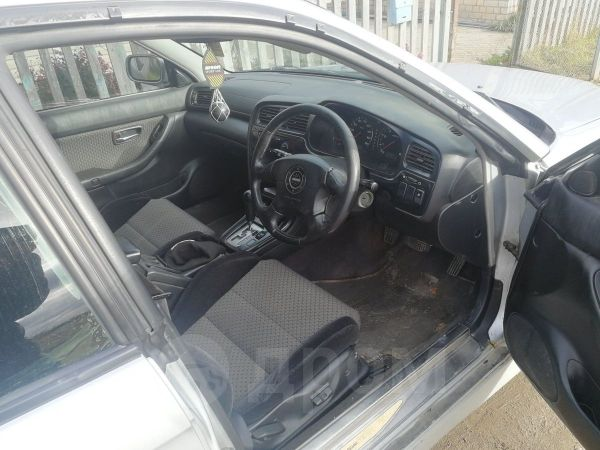 Subaru Legacy B4, 2001 год, 255 000 руб.