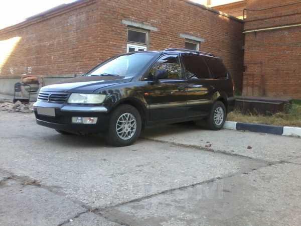 Mitsubishi Space Wagon, 2000 год, 290 000 руб.