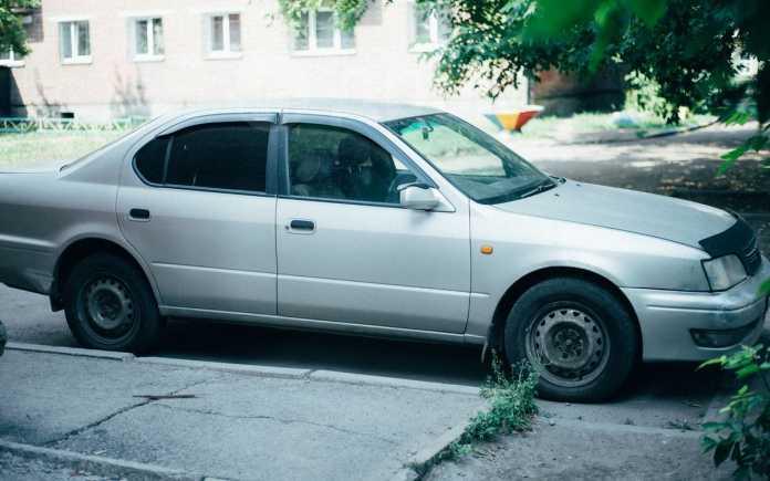 Toyota Camry, 1984 год, 180 000 руб.