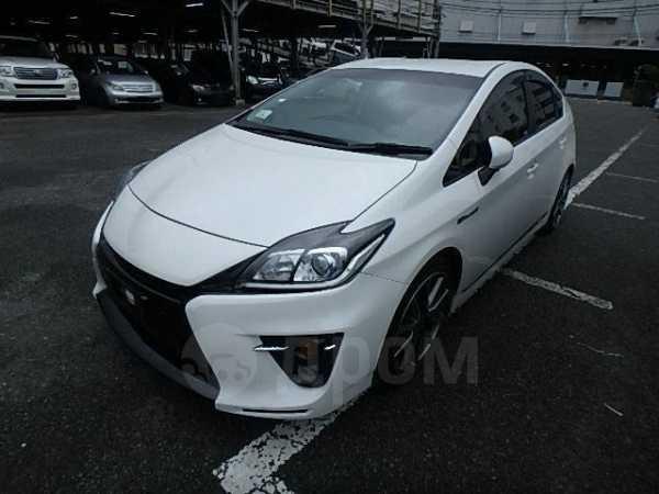 Toyota Prius, 2014 год, 1 275 000 руб.
