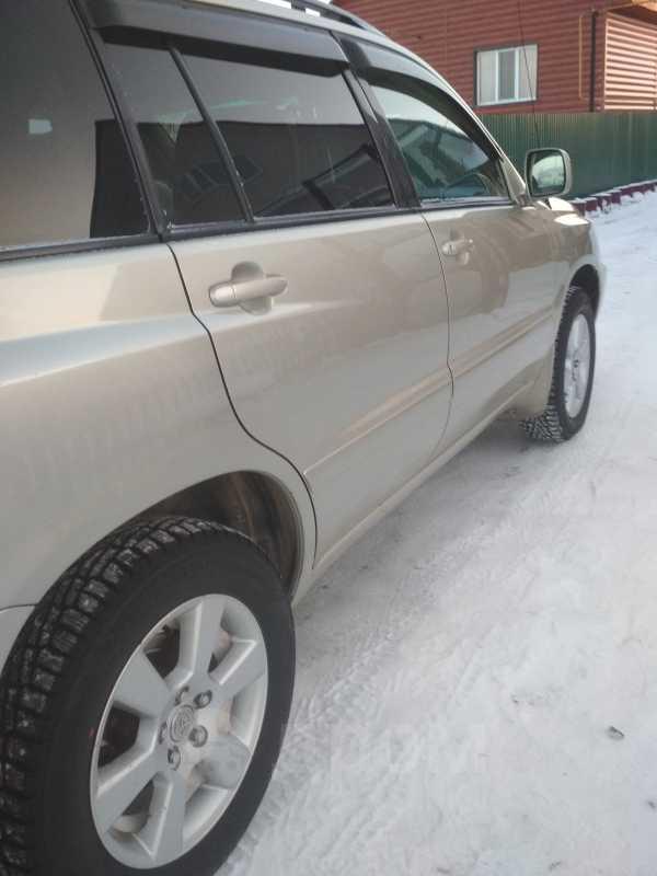 Toyota Highlander, 2001 год, 520 000 руб.