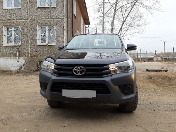 Toyota Hilux Pick Up, 2017 год, 2 100 000 руб.