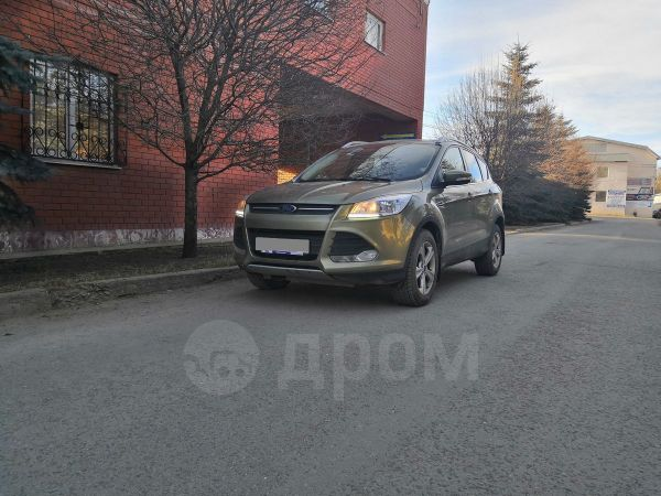 Ford Kuga, 2013 год, 882 000 руб.