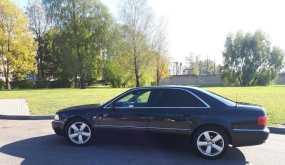Советск Audi A8 2000