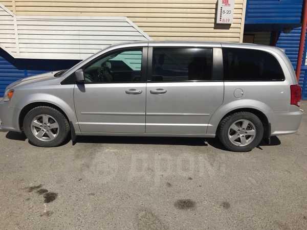 Dodge Grand Caravan, 2011 год, 850 000 руб.