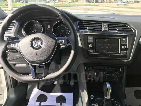 Volkswagen Tiguan, 2018 год, 1 730 000 руб.