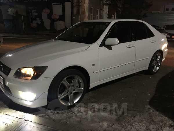 Toyota Altezza, 2000 год, 350 000 руб.
