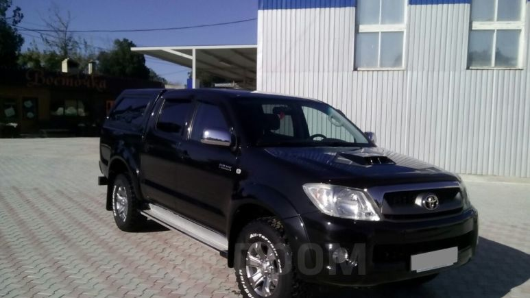 Toyota Hilux Pick Up, 2011 год, 1 300 000 руб.