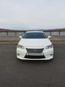 Кызыл Lexus ES250 2014