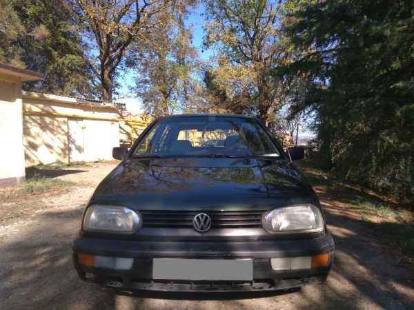 Volkswagen Golf, 1995 год, 140 000 руб.