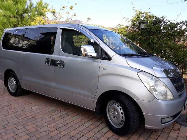 Hyundai Grand Starex, 2009 год, 630 000 руб.