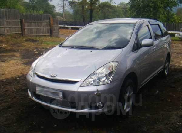 Toyota Wish, 2003 год, 520 000 руб.