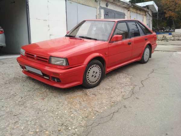 Nissan Bluebird, 1990 год, 140 000 руб.