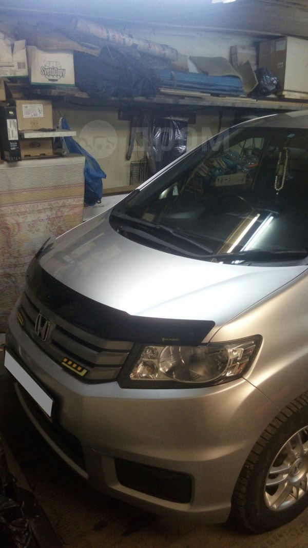 Honda Freed Spike, 2010 год, 595 000 руб.