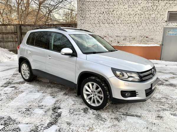 Volkswagen Tiguan, 2011 год, 695 000 руб.
