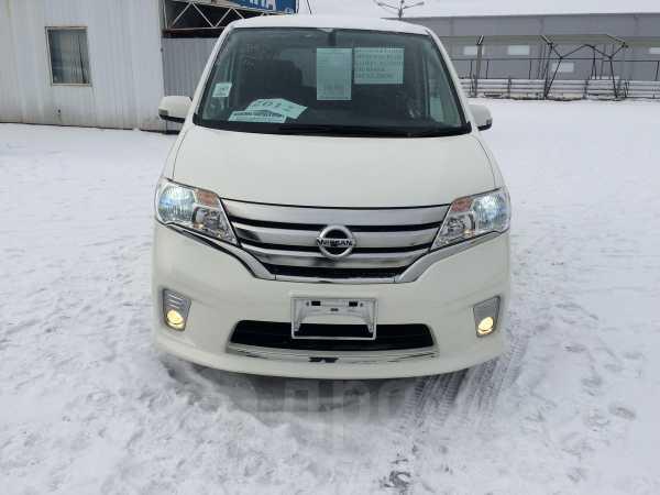 Nissan Serena, 2012 год, 899 000 руб.
