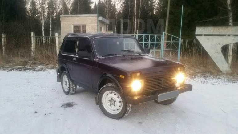 Лада 4x4 2121 Нива, 1999 год, 75 000 руб.