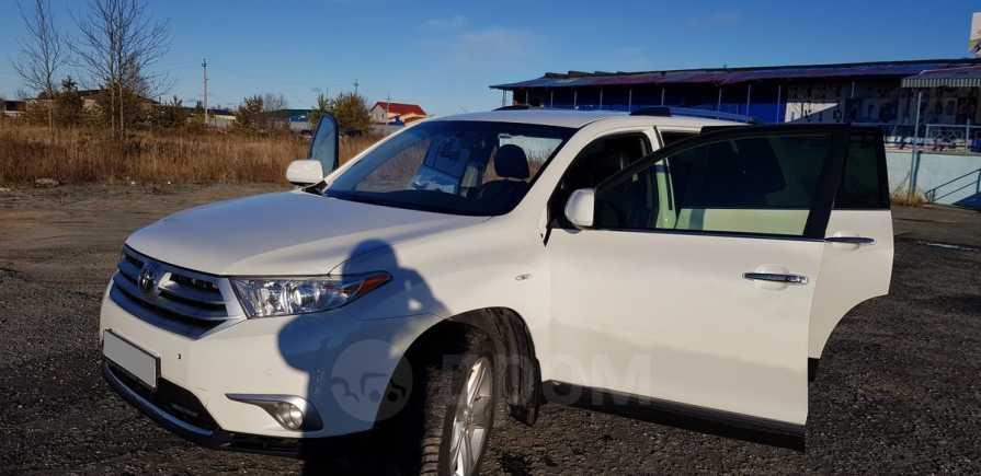 Toyota Highlander, 2012 год, 1 450 000 руб.