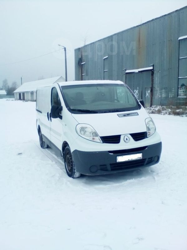 Renault Trafic, 2011 год, 750 000 руб.