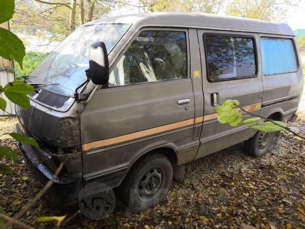 Nissan Vanette, 1986 год, 35 000 руб.