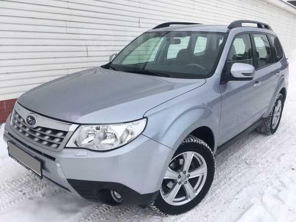 Subaru Forester, 2012 год, 995 000 руб.