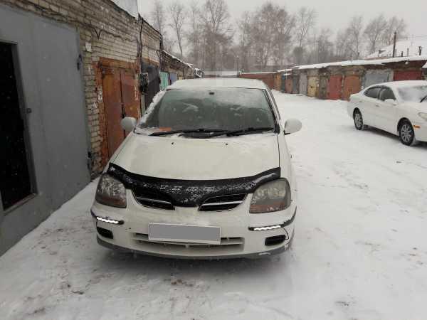 Nissan Tino, 2001 год, 250 000 руб.