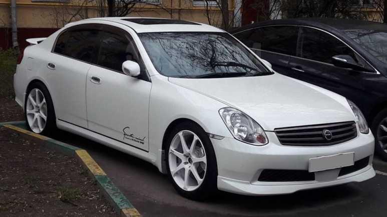 Nissan Skyline, 2003 год, 685 000 руб.