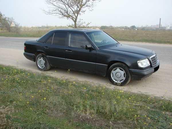 Mercedes-Benz E-Class, 1994 год, 340 000 руб.