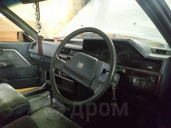 Nissan Bluebird Maxima, 1985 год, 137 000 руб.