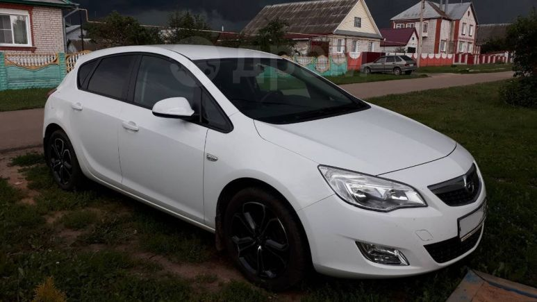 Opel Astra, 2012 год, 569 000 руб.