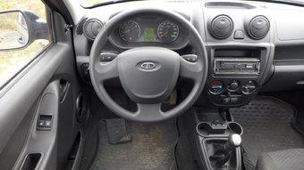 Больше всего в машине досаждали отказы электроусилителя руля.