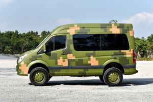 «Буханка» по-китайски: Foton выпустил полноприводный микроавтобус