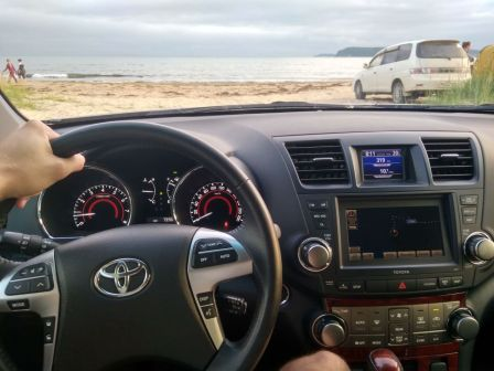 Toyota Highlander 2011 - отзыв владельца