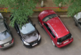 Suzuki SX4 слева и Outlander XL справа